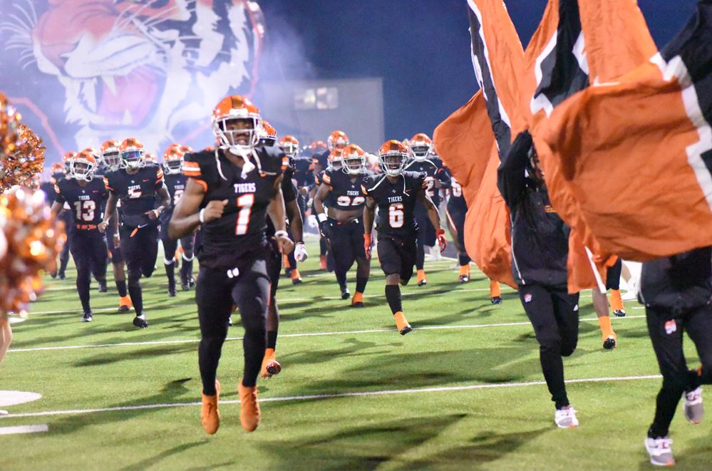 Our Tigers Football Team Has Advanced to 5A Playoffs